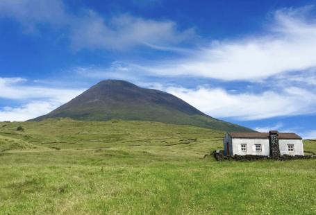 Vulcão ainda ativo na Ilha do Pico, Açores, Portugal